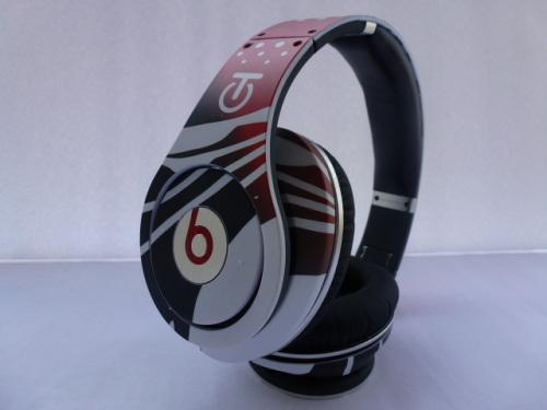 Graffiti studio headphone