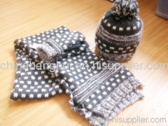 2012 newest fashion knitted scarf&hat set