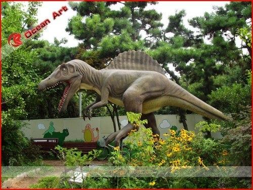 Zigong fiberglass dinosaur with a coat of polyurethane varni