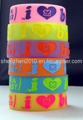 silicone grow in dark i love boobies wristbands fashion boobies bracelet promotion gift bands