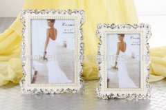 photo frame with enemal and pearls