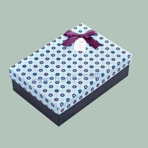 Removeable top paper gift box