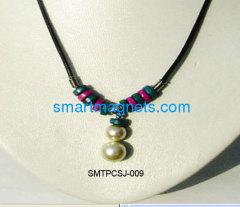 New design ferrite magnetic pendant