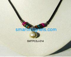 Best price ferrite magnetic pendant