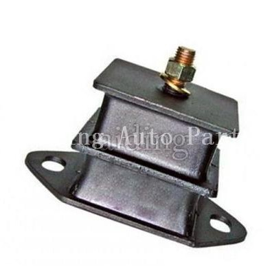 Mitsubishi A72 Engine Mount OEM MB152605