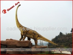 Theme park animatronics outdoor dinosaurs