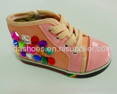 footwear,sport shoes,casual shoes,canvas shoes,leather shoes,