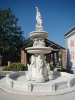 Large statuary Garden Fountain