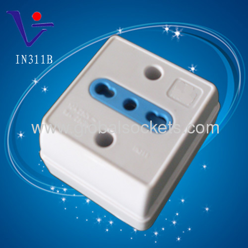 Italian type wall outlet with children protector