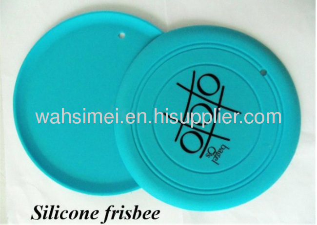 Silicon flying disc for dog playing