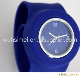 Colourful silicone slap watch for children