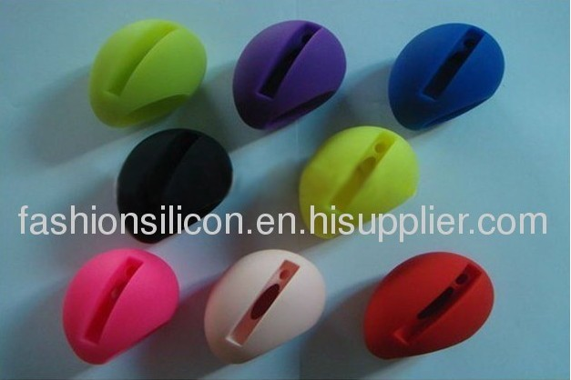 2012 cute beautiful music silicone horn for iphone 5