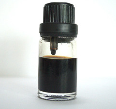 Natural Bornyl acetate Valeranone in Anointing Spikenard Oil