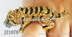 JZ1078 Tiger Type Zinc Alloy Fashion Rings