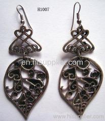 H1007 Classical Leaf Zinc Alloy Fashion Earrings