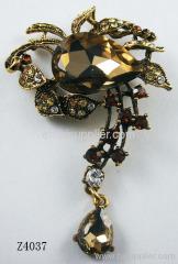 Z4037 Flower Shape Zinc Alloy Brooch Pin