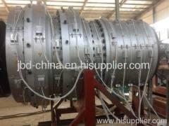 Large diameter PE water supply pipe extrusion machine