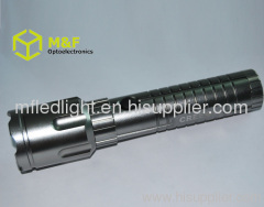cree q5 new led flashlight 2012