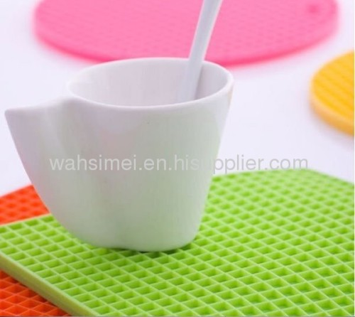 Honeycomb silicon cup mats for wholesale