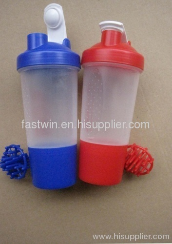 500ml shaker bottle with plastic mixing ball BPA FREE