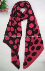 Acrylic knitted scarf with dot
