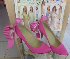 pink high heel dress shoes with bowtie