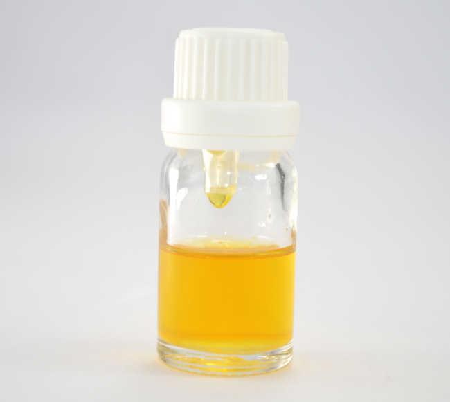 Analgesic Antiseptic Digestive Detoxicant Oil of Black Pepper