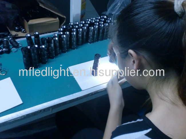 small Q3 LED torches light battery flashlight CREE