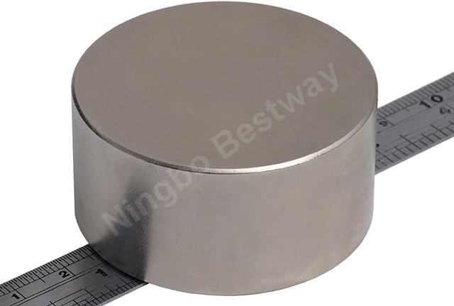 N52 Sintered Round NdFeB Magnet