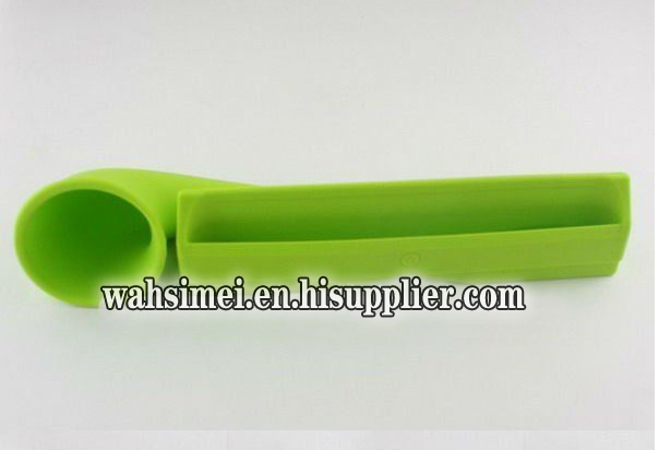 2012 new silicone ipad horn stand speaker for ipad