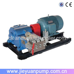 Pressure test pump / high pressure cleaner