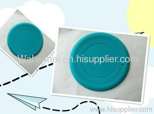 Soft silicone flying disc