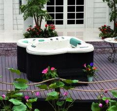 Hot tubs dealers