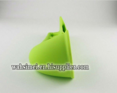 Silicone speaker for iPad