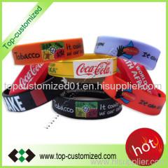 Cusomt silicone wristband