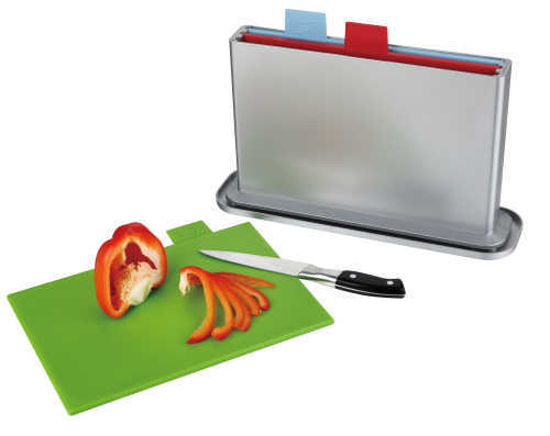 cutting board set with water pan