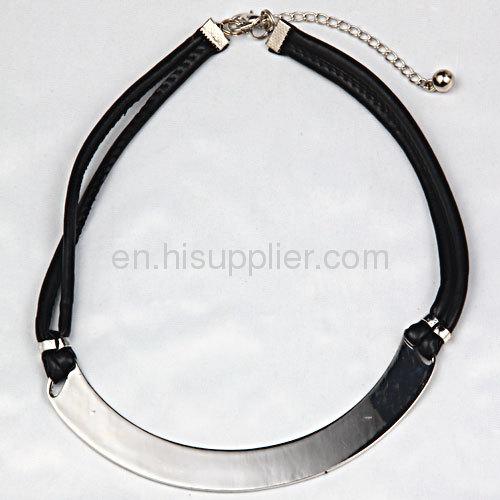 Fashion Punk Style Jewerly Black White Leather Choker Bib Necklace For Women