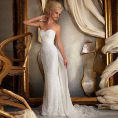 فساتين الزفاف الكلاسيكية