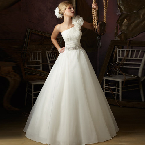 Wedding gowns newest design A line strapless gown
