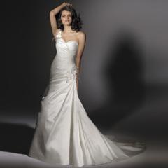 Classic rayon Royal Bridal Dresses