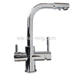 Penguin style cold and hot water faucet