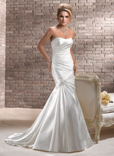 Best chiffon Royal Bridal Dresses