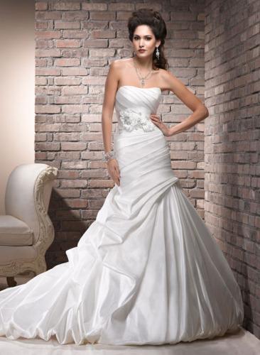 Unique rayon Royal Bridal Dresses