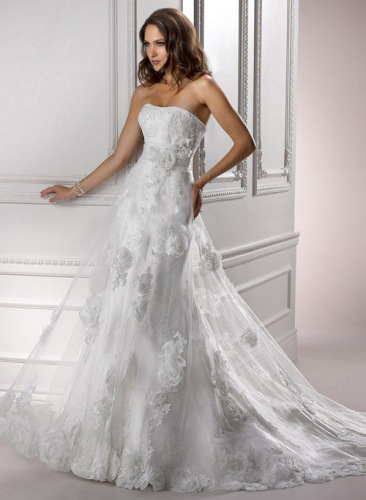 GEORGE BRIDE Strapless Chapel Train Lace Wedding Dress With Appliques