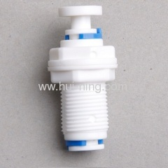 Water filter plastic bulk head adapter
