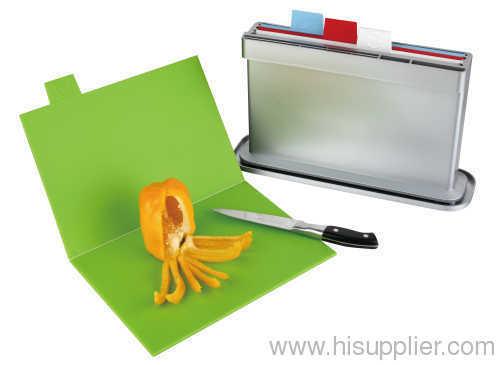 chopping board water pan knife shelves