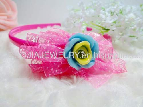 FG1104 beautiful Flower Shape Hair Band with Resin Design