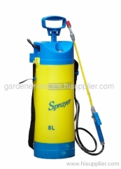 GARDEN PRESSURE SPRAYER WITH SHOULDER STRAP