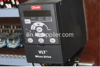 Automatic cartoner for hardware