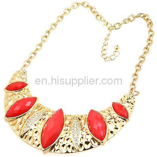 China Gold Plated Cheap Bib Necklace 2013 Wholeslae